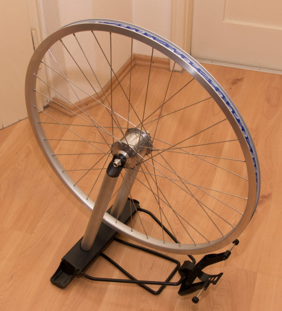 Front wheel with Schmidt hub dynamo just laced