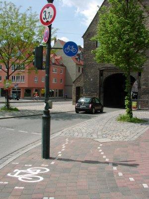 Radweg am Jakobertor