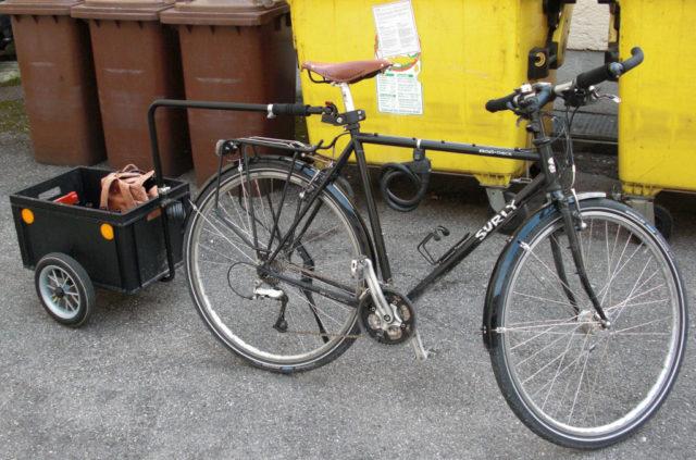 Surly Crosscheck mit Anhänger 2009-04