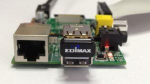 RasPi mit Edimax-WLAN-Adapter